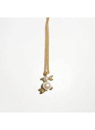 Plus Pearl Necklace (rabbit)