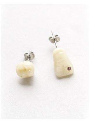 Tooth pierce(八重歯+前歯)