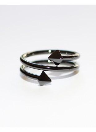KINSELLA Ring-Black Pyramid-