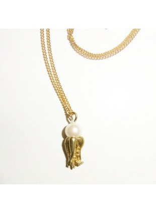 Plus Pearl Necklace (octopus)
